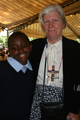 Ingrid Munro and a schoolgirl